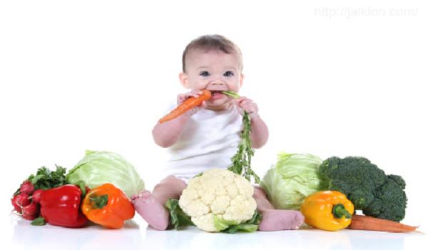 Mách mẹ cách bổ sung dinh dưỡng cho bé hợp lý nhất