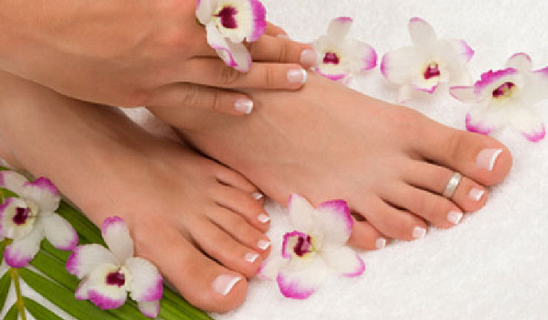 Hướng dẫn cách chăm sóc bàn chân tại nhà đơn giản hiệu quả