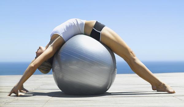 Pilates là gì? Tại sao tập pilates giúp săn chắc cơ thể, tăng chiều cao?