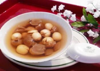 Cách nấu chè hạt sen long nhãn tại nhà đơn giản mà cực ngon