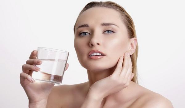 Nguyên nhân mụn nổi trên da mặt? Cách ngăn ngừa mụn hiệu quả nhất